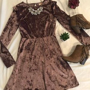 Dresses & Skirts - Crushed Velvet Rose Dress w/ Ruffle Sleeves- XS